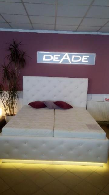 produkt_Kožená postel s kamínky Swarovski